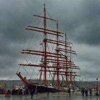 Покоритель ветров в родном порту. :: kolin marsh