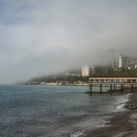 Весенний туман над морем... :: Виктор Чепишко