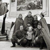 Фото на память (9 мая) :: Oleg Akulinushkin