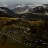Осенние туманы Вид на долину р. Булухта :: Алексей (АСкет) Степанов