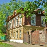 Старые дворы 19 век, люди ходят мимо... :: Святец Вячеслав