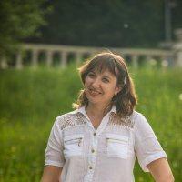 Анна в солнечных лучах :: Иван Щербина