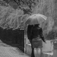 Перекур под дождем.. :: ФотоЛюбка *