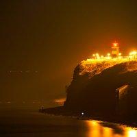 Маяк ночью :: Allex Anapa