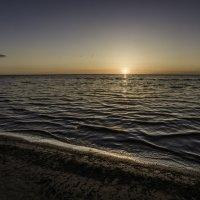 Закат, Рижский залив :: Gennadiy Karasev