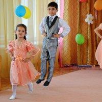 Детский танец :: Ростислав