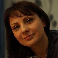 С бокалом вина :: Николай Агапитов