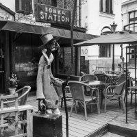Тбилиси. Уличное кафе. :: Алексей Окунеев
