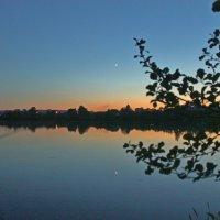 ..поздний вечер на озере.. :: Александр Герасенков