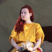 Девушка в жёлтом :: Nikolay Monahov