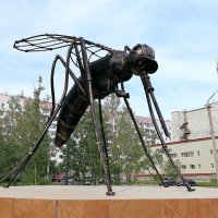 Памятник комару (РК г.Усинск) :: Василий
