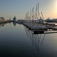закат в порту :: Алексей Меринов