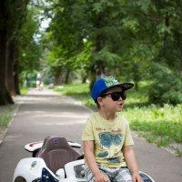 Сын и его mini Bugatti :: Антон Ганигин