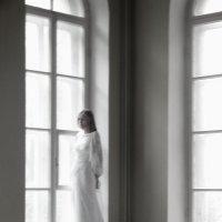 у окна :: Анастасия Мельник