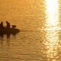 рыбалка в закате :: Алексей -