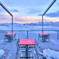 Облака приходят в кафе :: Zifa Dimitrieva