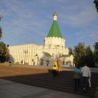 Старое и современное рядом :: Лебедев Виктор