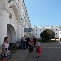 Келейные корпуса. :: Вячеслав Криволуцкий