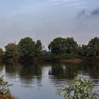 Тихим утром на реке :: Ирина Приходько