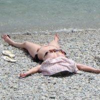 На пляже :: Людмила Монахова