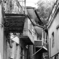 Старая улочка Тбилиси :: M Marikfoto