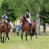 Юные всадники перед соревнованием :: Mariya laimite