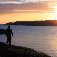 Закат-Рассвет на Баренцевом море :: Валентина Ломакина