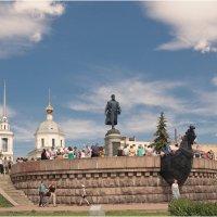 Памятник Афанасию Никитину :: Борис Борисенко