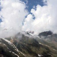 Занавес в горах :: Горный турист Иван Иванов