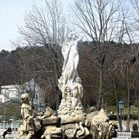 В  баденском курортном парке фонтан Ундина :: Елена Павлова (Смолова)