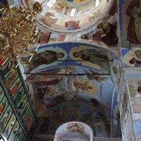Иконостас и Самообновляющиеся фрески Троицкого Собора :: Елена Павлова (Смолова)