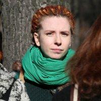 прислонившись к дереву или против солнца :: Олег Лукьянов