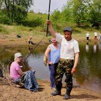 Первая рыбка :: Алексей Golovchenko