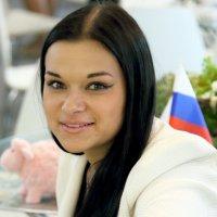 официальная девушка :: Олег Лукьянов