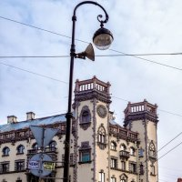 На площади Льва Толстого :: Константин Бобинский