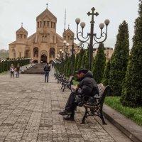 К храму :: Лев Багдасарян