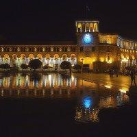 Огни ночного города :: M Marikfoto