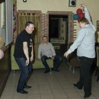 Танец больших медведиков :: Александр Рябчиков