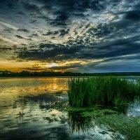 Рассвет над рекой :: Константин Сафронов