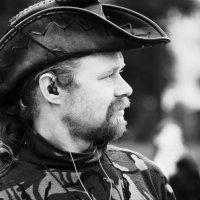 Тусовщик 1 :: Виктор Никитенко