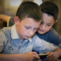 Не ходите, дети, в Интернет гулять! :: Николай Хондогий