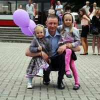 Близняшки. :: Дмитрий Иншин