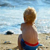 Малыш на пляже) :: Наталья Величко
