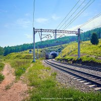 Из туннеля грузовой... :: Алексей Белик