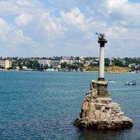 Памятник затопленным кораблям :: Евгений Васильев