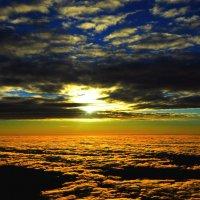 вечер над облаками :: vg154