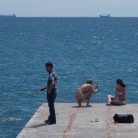 Selfie & Fishing на пирсе :: Александр Скамо
