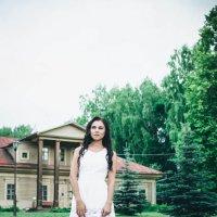 Девушка вбелом :: Мария Зубова