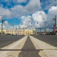 Центр Дворцового моста :: Сергей Басов