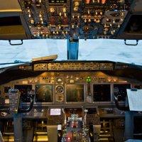 в кабине  Боинг 737 :: Ольга Логинова
